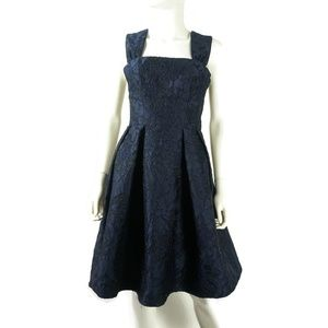 NWOT Gal Meets Glam Annabelle Jacquard Dress Sz 4